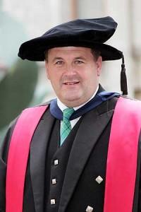 Dr. Wayne Duncan